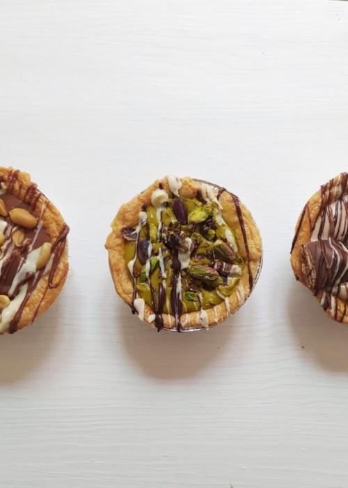 box da 4 Crostatine a scelta tra pistacchio, bueno, snickers, rocher, oreo, nutella, biscuit, fondente, pan stella ecc  da gr 600